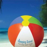A promotional campaign using the traditional postcard as its hook designed and printed for a group of travel agencies.